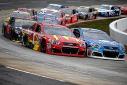 Dale Earnhardt Jr., Hendrick Motorsports Chevrolet en Jamie McMurray, Chip Ganassi Racing Chevrolet