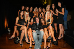 Charlie Kimball, driver of A1 Team USA with the grid girls