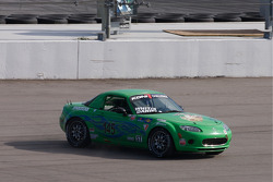 Spin for #145 Performance Autosport Mazda MX-5: Jim Daniels, Derek Whitis
