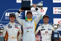 Podium, Gabriele Tarquini, SEAT Sport, SEAT Leon TDI, Felix Porteiro, BMW Team Italy-Spain, BMW 320si, Andy Priaulx, BMW Team UK, BMW 320si WTCC