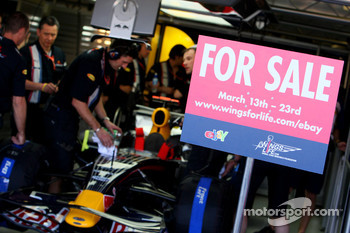 Red Bull Racing, sign for online auction on ebay of items including a Red Bull Racing F1 Chassis