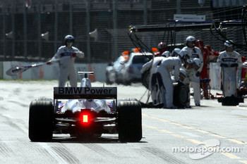 Pit stop for Nick Heidfeld, BMW Sauber F1 Team