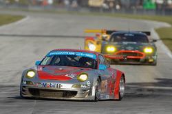 #44 Flying Lizard Motorsports Porsche 911 GT3 RSR: Darren Law, Seth Neiman, Alex Davison