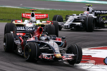 Sebastian Vettel, Scuderia Toro Rosso, Adrian Sutil, Force India F1 Team