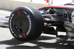 McLaren Mercedes, MP4-23 , Formula 1 World Championship, Rd 3, Bahrain Grand Prix, Friday