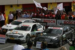 Parc fermé: cars of Tom Kristensen, Audi Sport Team Abt Audi A4 DTM 2008, Jamie Green, Team HWA AMG Mercedes, AMG Mercedes C-Klasse, Paul di Resta, Team HWA AMG Mercedes, AMG Mercedes C-Klasse