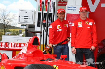 Kimi Raikkonen, Scuderia Ferrari and Felipe Massa, Scuderia Ferrari, Shell Press Conference