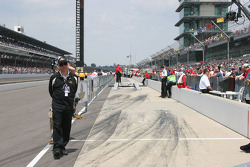 The qualifying line sits empty
