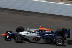 Oriol Servia attempting to qualify