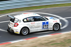 #272 BMW 120d: Jacob Tackman;Jan Kalmar;Stewart Stgernholm