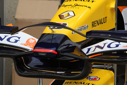 Renault F1 Team, Front wing