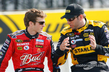 Kasey Kahne talks with Elliott Sadler