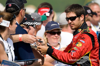Martin Truex Jr. signs autographs