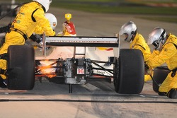 Mario Dominguez during a pit stop
