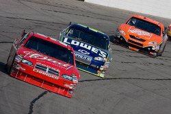 Kasey Kahne leads Tony Stewart and Jimmie Johnson