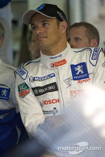 Fastest man Stéphane Sarrazin watches the end of the session in the pitbox