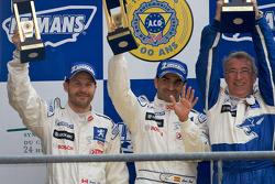 LM P1 podium: second place Jacques Villeneuve, Marc Gene