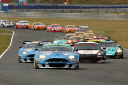Start: #36 Jetalliance Racing Aston Martin DB9: Lukas Lichtner-Hoyer, Alex Müller leads the field