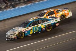 Greg Biffle, Roush Fenway Racing Ford and Ryan Preece, Premium Motorsports Ford