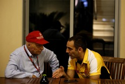 Niki Lauda, Mercedes Non-Executive Chairman with Cyril Abiteboul, Renault Sport F1 Managing Director