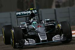 Mercedes - Ferrari n'est pas impliqué dans l'affaire d'espionnage F1-abu-dhabi-gp-2015-nico-rosberg-mercedes-amg-f1-w06