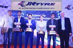 2015 Champions: Pradeep Rao Vadiyam, Ajay Kini, Anindith Reddy, Vishnu Prasad with Sirish Vissa, Head of Volkswagen Motorsport India