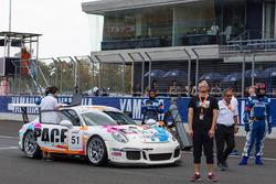 #51 KCMG Porsche GT3 Cup: Paul Ip, Martin Rump, Yuan Bo