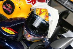 Sebastian Buemi's crash helmet, 2005 Red Bull Cosworth RB1