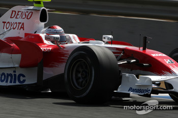 Jarno Trulli, Toyota Racing on slick tyres