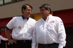 Piercarlo Ghinzani, Seat Holder A1 Team Italy with Tony Teixeira, A1GP Chairman