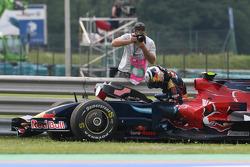 Sebastian Vettel, Scuderia Toro Rosso, stopped on track