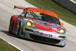 #46 Flying Lizard Motorsports Porsche 911 GT3 RSR: Johannes van Overbeek, Patrick Pilet