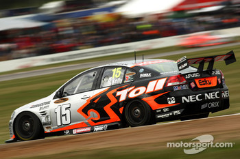 Rick Kelly (HSV Dealer Team Commodore VE)