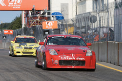 #140 SG-Motorsport Nissan 350Z: Sasha Anis, Malcolm Strachan heads to the starting grid