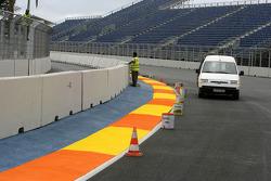 Valencia Circuit preparations, turn 1