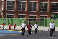 Lewis Hamilton, McLaren Mercedes, trackwalk