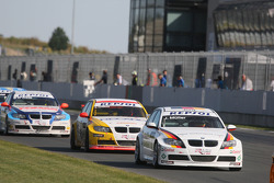 Jorg Muller, BMW Team Germany, BMW 320si, Duncan Huisman, Wiechers-Sport, BMW 320si