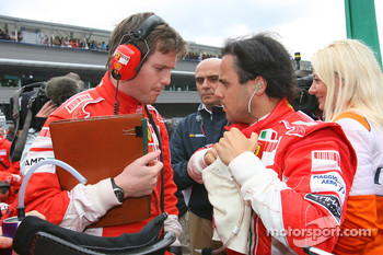 Rob Smedly, Scuderia Ferrari, Track Engineer of Felipe Massa with Felipe Massa, Scuderia Ferrari