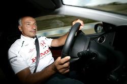 Riccardo Patrese drives the Honda Civic Type-R