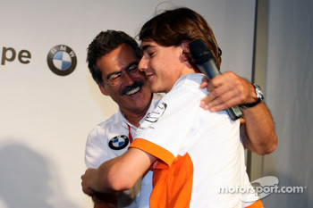 BBQ at FBMW Hospitality: Dr. Mario Theissen, BMW Sauber F1 Team, BMW Motorsport Director, Esteban Gutierrez, Josef-Kaufmann-Racing