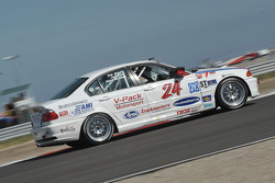 #24 V-Pack Motorsport BMW 330: Zach Arnold, Sam Schultz, Jason Workman