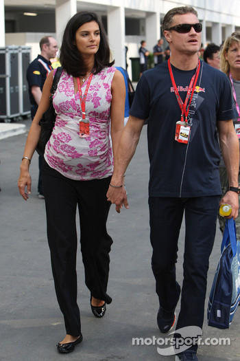 Karen Minier, Fiancée of David Coulthard with David Coulthard, Red Bull Racing