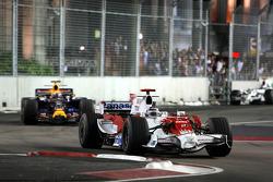 Jarno Trulli, Toyota Racing, TF108 leads Mark Webber, Red Bull Racing, RB4
