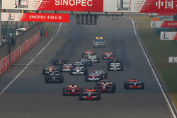 Lewis Hamilton, McLaren Mercedes, MP4-23 leads the start of the race