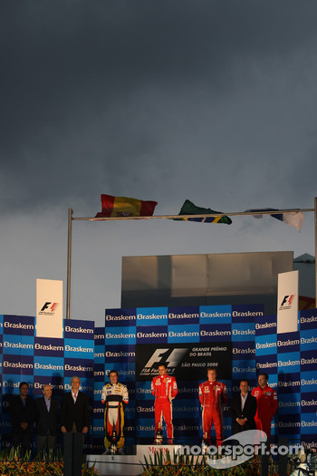 Podium: race winner Felipe Massa, second place Fernando Alonso, third place Kimi Raikkonen