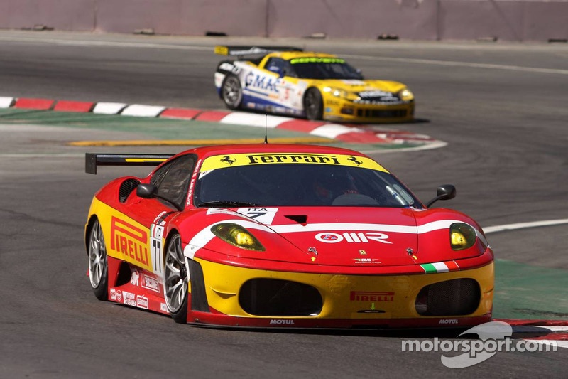 #77 BMS Scuderia Italia Ferrari F430: Matteo Malucelli, Paolo Ruberti