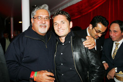 Dr Vijay Mallya Force India F1 Team Owner with Giancarlo Fisichella Force India F1 at the Fly Kingfisher Boat Party