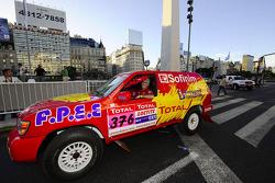 #376 Nissan Pathfinder: Jean-Pierre Strugo and Yves Ferri