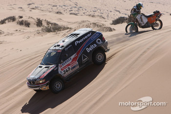 #347 BMW X5 CC: Ricardo Leal Dos Santos and Pedro Pires Lima