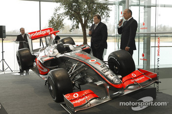 Norbert Haug and Ron Dennis with the new McLaren Mercedes MP4-24